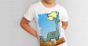 Magliette per bambini illustrate con disegni divertenti e nuovi. Siamo lieti di presentarvi le magliette della serie Dinoline.
